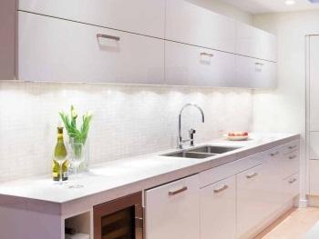 k chenlicht led upgraden sie die atmosph re. Black Bedroom Furniture Sets. Home Design Ideas