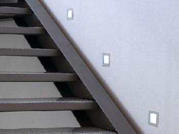 akzente setzen mit led einbaustrahler treppe. Black Bedroom Furniture Sets. Home Design Ideas
